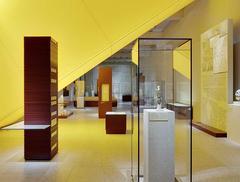 Egipt Nefretete i Echnatona. Nowa wystawa w zmodernizowanym według projektu Davida Chipperfielda Neues Museum w Berlinie